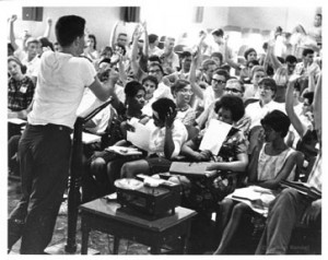 Staugton Lynd teaching at a Freedom School